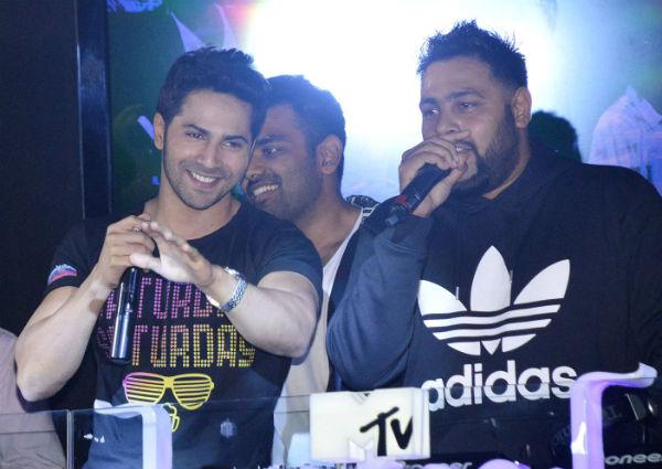 Varun Dhawan throws a bachelor party!