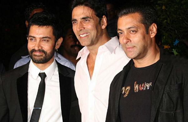 Salman Khan, Akshay Kumar and Aamir Khan hangout together!