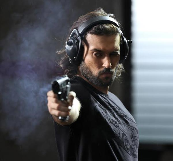 Akhil Kapur: Action and intense role attracted me to Desi Kattey!