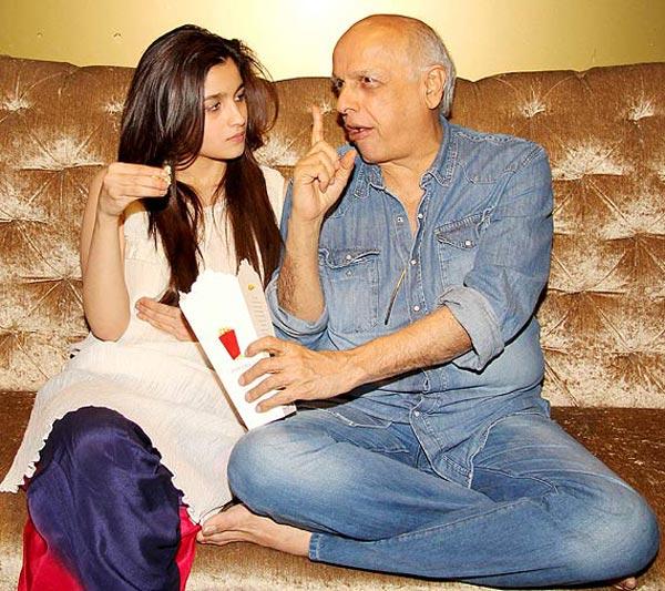 Does Alia Bhatt not feel close to Mahesh Bhatt anymore?