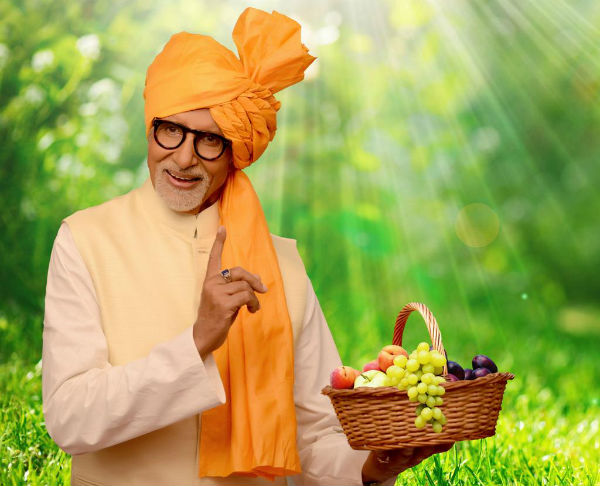 Amitabh Bachchan becomes the brand ambassador for fruit products!