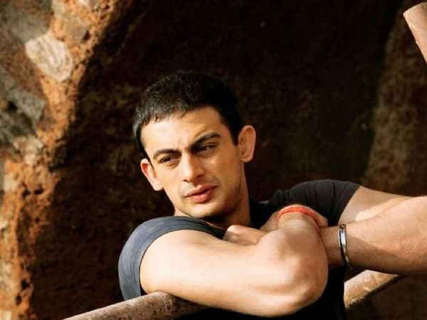When Arunoday Singh almost axed Akshay Oberoi's head