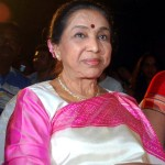 Asha Bhosle wants to groom granddaughter Zanai as playback singer