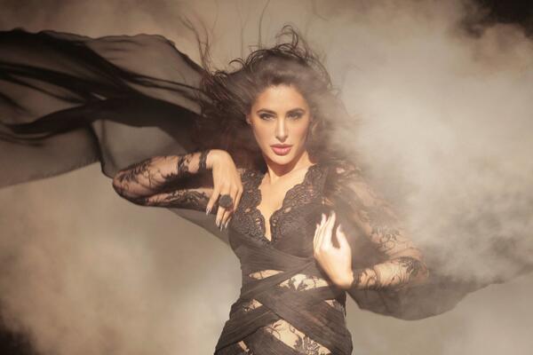 Kick: Nargis Fakhri to romance Salman Khan in Yo Yo Honey Singh's Devil song! View pic