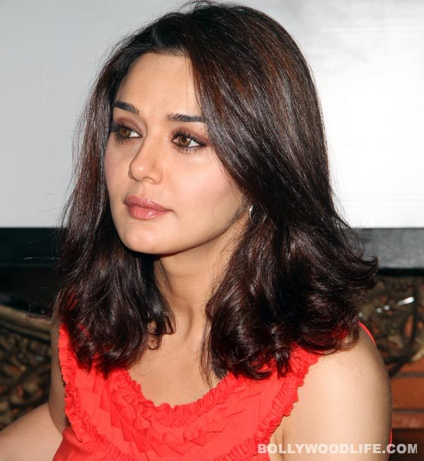 Preity Zinta-Ness Wadia molestation case: Preity submits photos showing hand bruises to the police