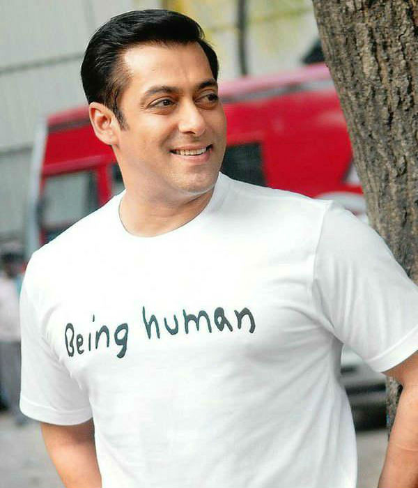 Salman Khan challenges contemporaries to beat him at charity!