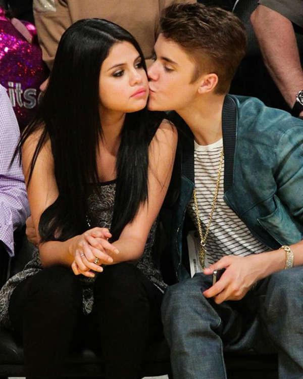 Justin Bieber and Selena Gomez  Dating Gossip News Photos