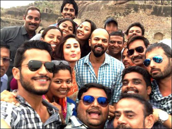 When Kareena Kapoor Khan clicked a selfie for Singham Returns....