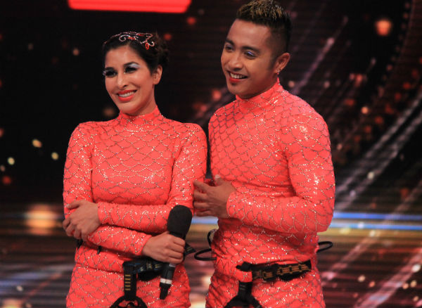 Jhalak Dikhhla Jaa 7: Sophie Choudry stuns with her fishy performance!