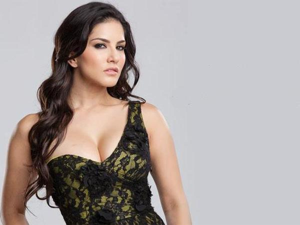 Sunny Leone's sex scene from Ragini MMS 2 hits 1 million on YouTube - Watch video!