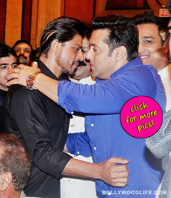 Shah Rukh Khan and Salman Khan's 'hugging moment' at Baba Siddique's Iftaar party-view pics!