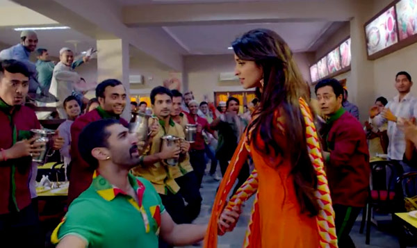 Daawat-e-Ishq title song: Aditya Roy Kapur and Parineeti Chopra reinvent Qawwali!