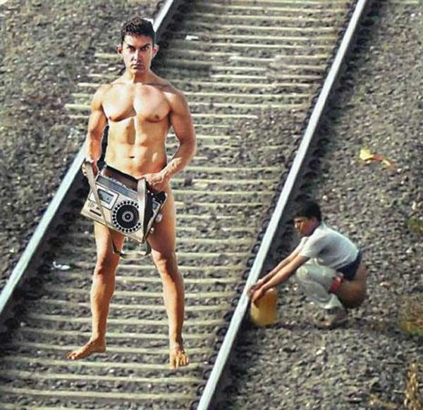 Aamir Khan's PK poster subjected to more ridicule than praise!