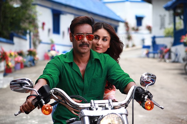 Ajay Devgn and Kareena Kapoor Khan greeted with love across the country during Singham Returns promotions!