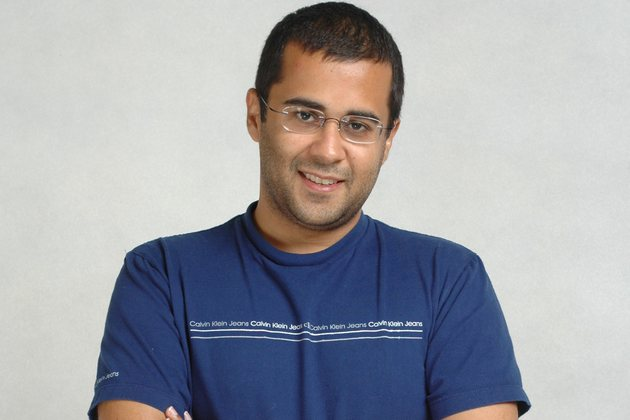 After Revolution 2020, Chetan Bhagat's new novel Half Girlfriend to be out in October