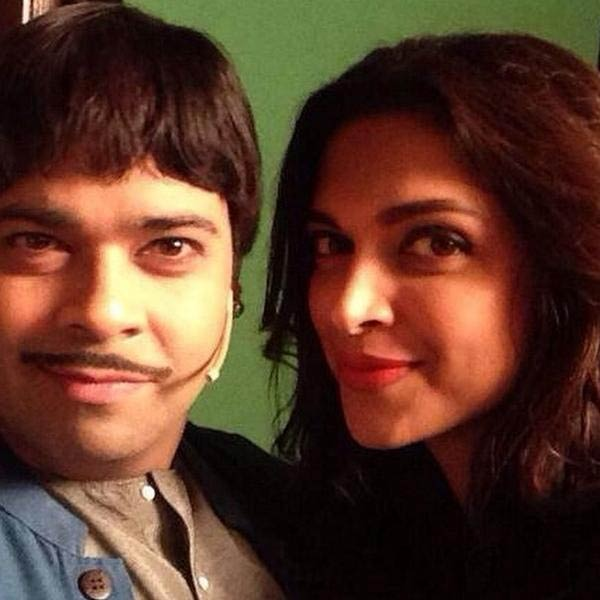 Deepika Padukone on the sets of Comedy Nights with Kapil - view pics!