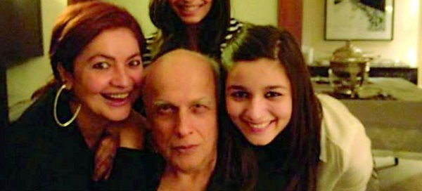 Alia Bhatt's father Mahesh Bhatt and sister Pooja Bhatt moved by a theater adaptation of their film Daddy!