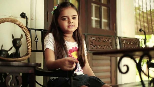 Yeh Hai Mohabbatein's Ruhanika Dhawan walks the ramp for a fashion show!