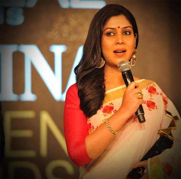 Will Sakshi Tanwar be an entertaining host?