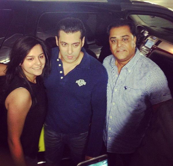 Spotted: Salman Khan strikes a pose with his fans in Toronto-view pic!