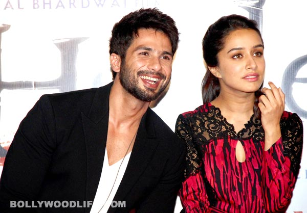 Shahid Kapoor and Shraddha Kapoor get adventurous while filming for Haider!