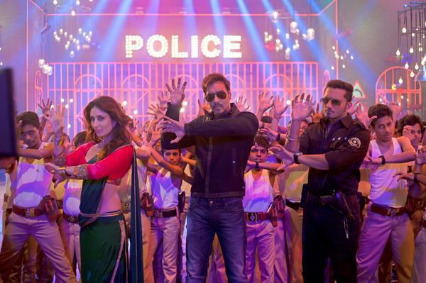 Yo Yo Honey Singh's Aata Majhi Satakli from Ajay Devgn-Kareena Kapoor Khan's Singham Returns' crosses 1 million views