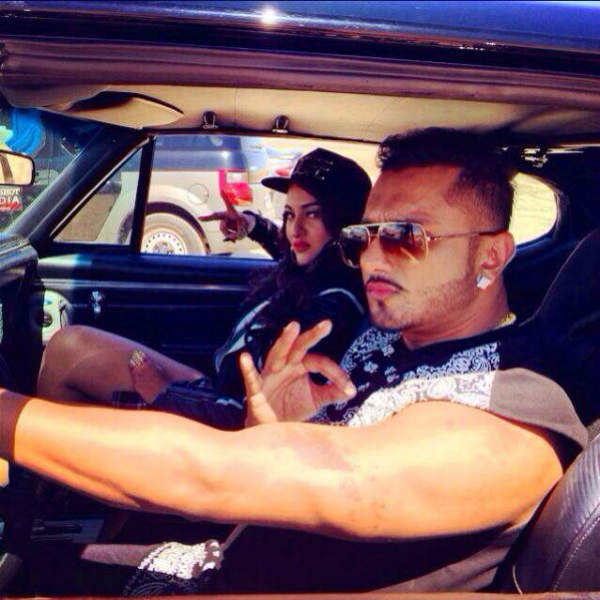 Sonakshi Sinha and Yo Yo Honey Singh's new song: Watch teaser!