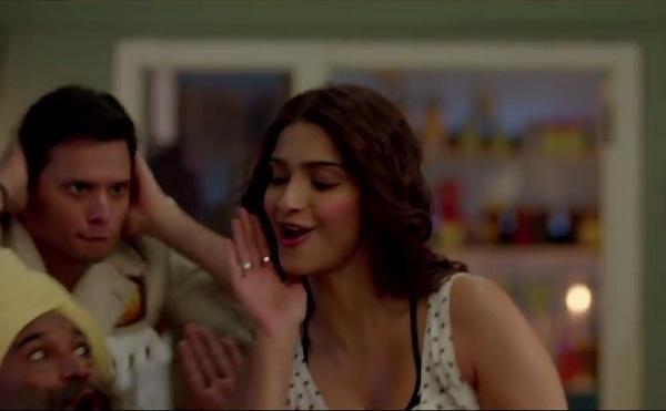Khoobsurat song Engine Ki Seeti: Sonam Kapoor shakes her bum and makes us hum!