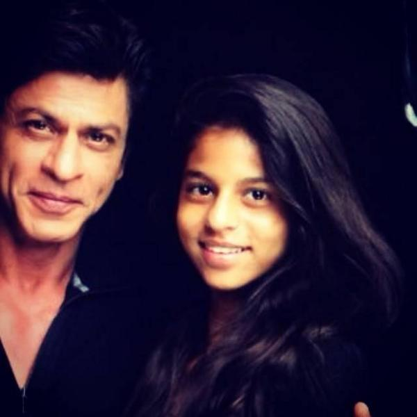 Daughter Suhana makes daddy Shah Rukh Khan happy-view pic!