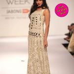 Sonal Chauhan walks the ramp at Lakme Fashion Week – View pics!