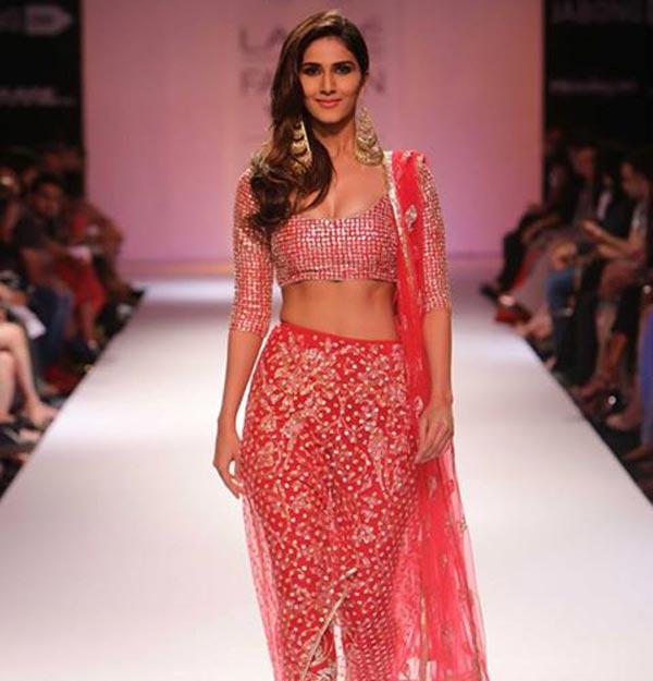 Lakme Fashion Week Winter/Festive 2014: Vaani Kapoor sets the ramp on fire!