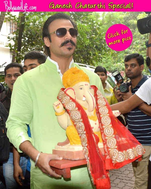 Ganesh Chaturthi 2014: Vivek Oberoi brings home Lord Ganesha - View pics!