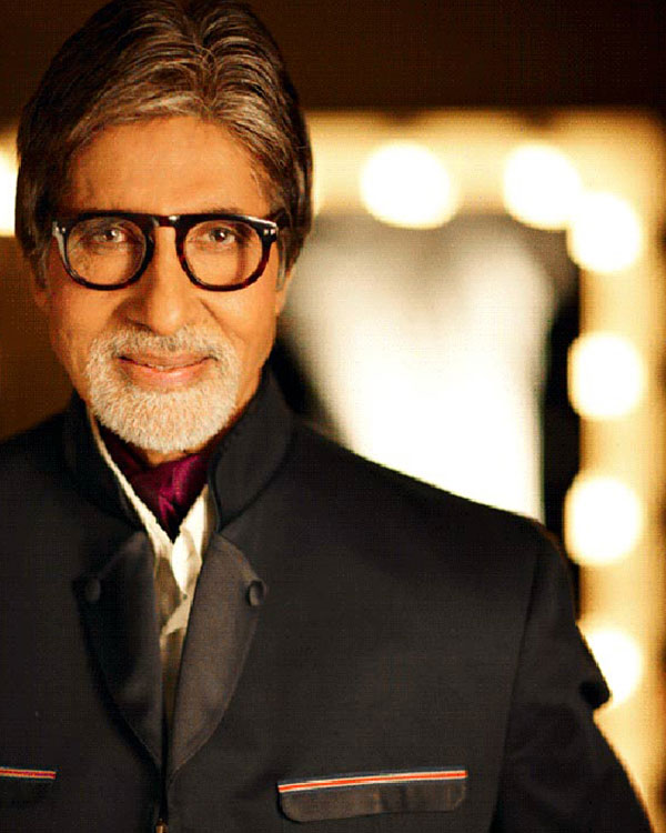Amitabh Bachchan reaches milestone with 10 million followers on Twitter!