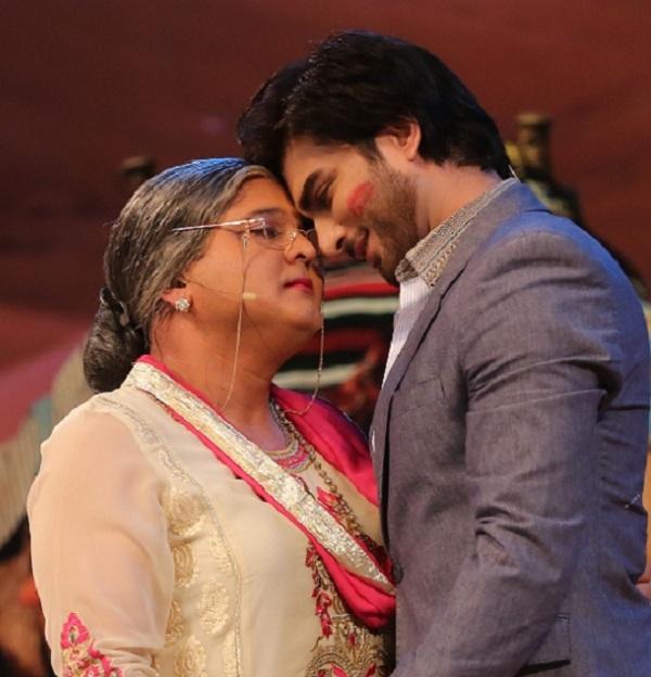 Comedy Nights with Kapil: When Kapil Sharma's Daadi tried to kiss Imran Abbas Naqvi in Dubai!
