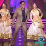 Bigg Boss 8 day 34 highlights: Salman Khan makes fun of Sonali Raut's kamchor behaviour, RJ Pritam Singh entertains!