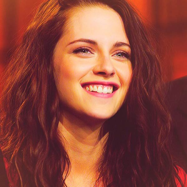 Is Kristen Stewart feeling lonely and isolated?