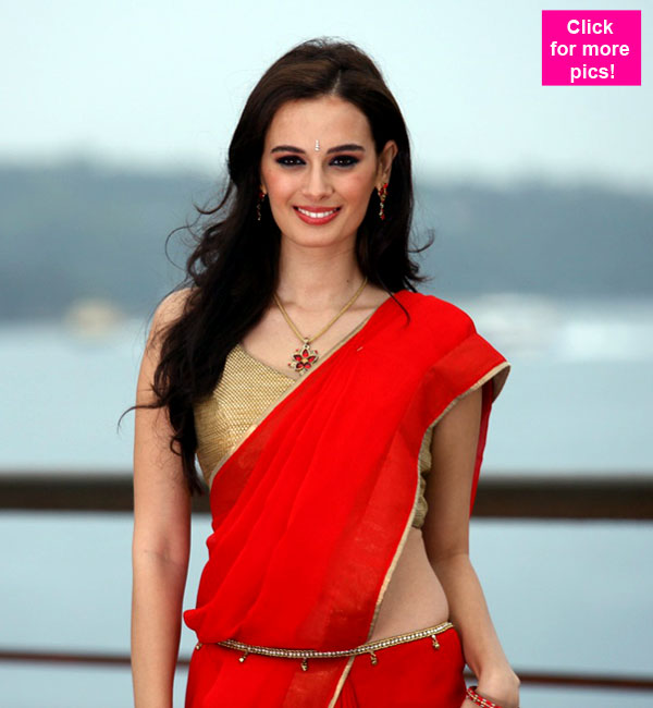 Evelyn Sharma drops her bold image for Ishqedaariyan!
