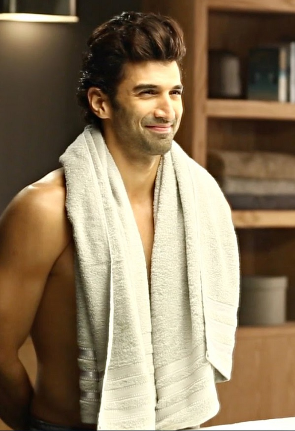 Aditya Roy Kapur: After Daawat-e-Ishq, it's been a while on sets!