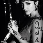 Anushka Sharma to do a Waheeda Rehman's Jaata Kahaan Hain in Bombay Velvet!