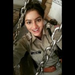 Diya Aur Baati Hum's Deepika Singh aka Sandhya is back in her uniform- view pic!