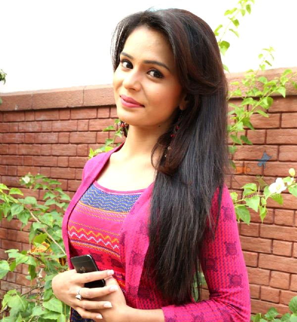 Sonal Vengurlekar robbed on the sets of Shastri Sisters