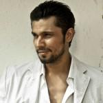 Randeep Hooda is on the warpath in Rajkumar Santoshi's next!
