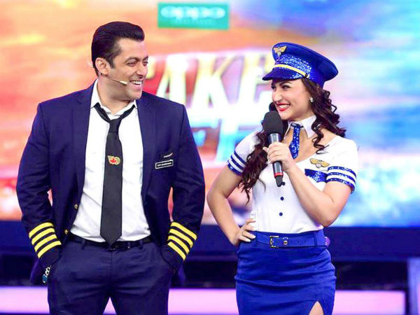 Salman Khan appoints a team of Bodyguards for Elli Avram!