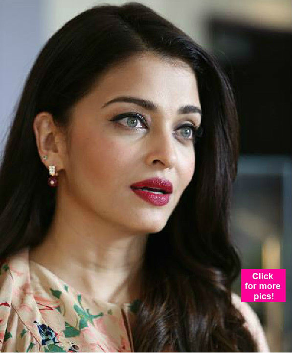 Stunning And Surprising New Looks: Aishwarya Rai Bachchan Looks Stunning While Attending The