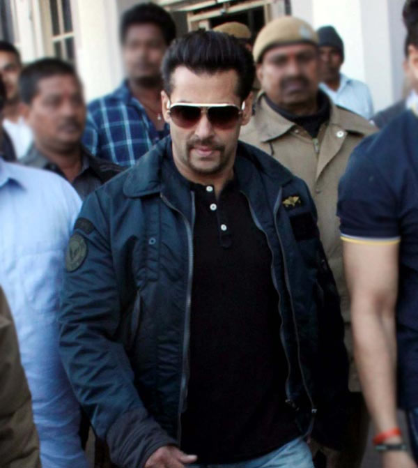 Salman Khan Arms Act case: Court rejects actor's plea for witness re-examination!