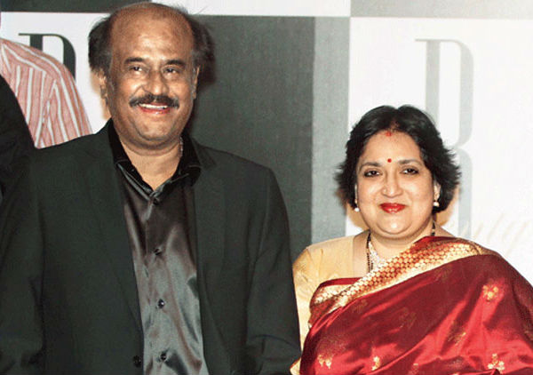 Rajnikanth's wife Latha in legal soup for forging documents in the court of law!