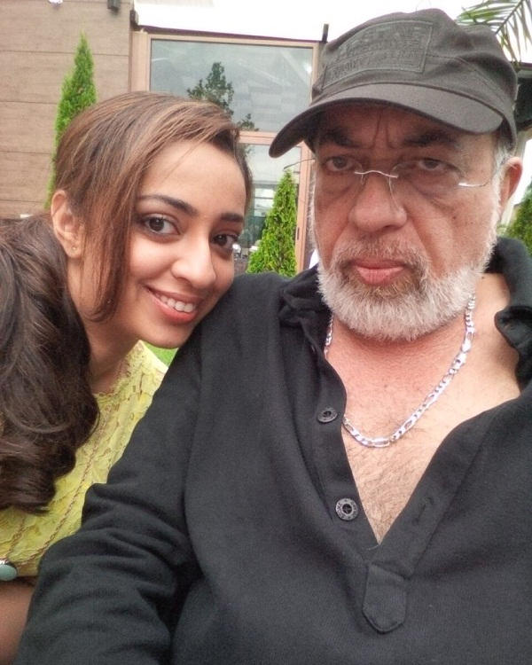JP Dutta to launch daughter Nidhi Dutta in his home production Jee bhar ke jee le – view pic!
