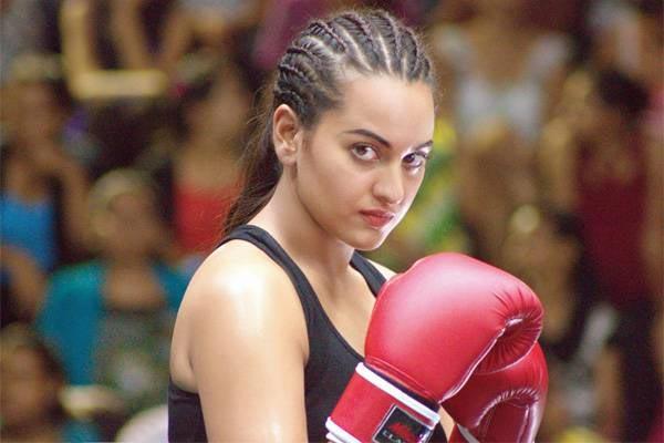 Here's why Sonakshi Sinha might pose threat to Priyanka Chopra's action babe image!