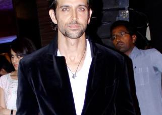 Hrithik Roshan to star in Sanjay Gupta's intense love story?