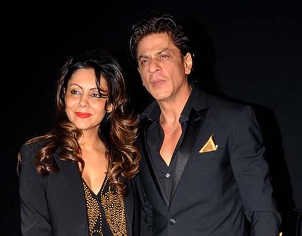 On His 24th Wedding Anniversary Shah Rukh Khan Thanks Gauri For 32 Years